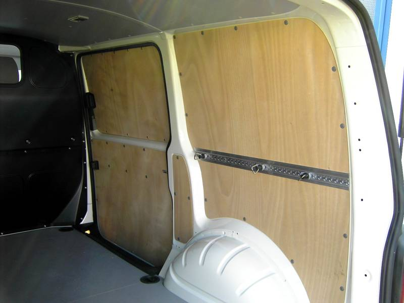transporter kleintransporter van kastenwagen nutzfahrzeuge zubeh r ausbau. Black Bedroom Furniture Sets. Home Design Ideas