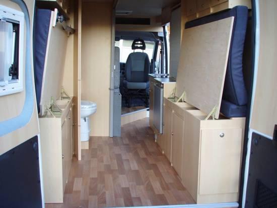 innenausbau f r wohnmobil reisemobil fernreisemobil gel ndewagen motocamper transporter. Black Bedroom Furniture Sets. Home Design Ideas